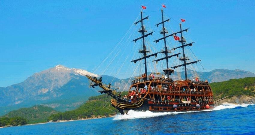 Пиратский корабль в Белеке - Белек Пиратский корабль - Арбат Тревел