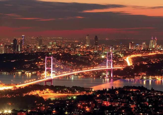 Ночная обзорная экскурсия по Стамбулу - Программа и Цена