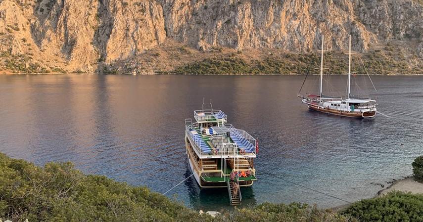 Эгейские острова на закате в Мармарисе
