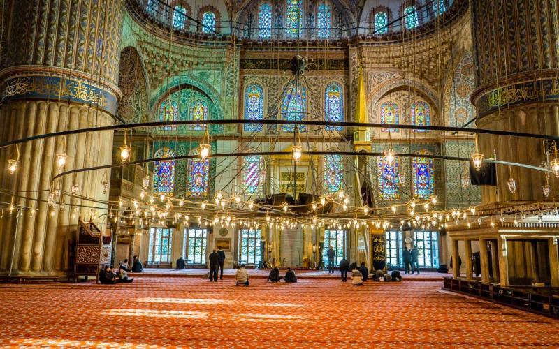 Внутренний вид - Голубая мечеть (мечеть Султанахмет)