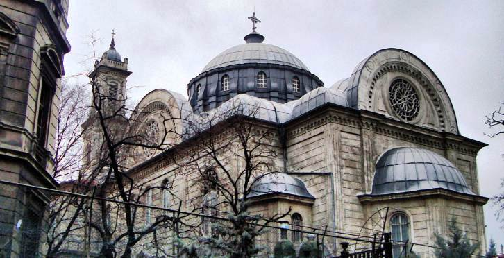 Церковь Святой Троицы в Таксиме