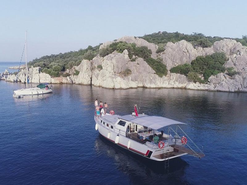 marmaris-tekne-kiralama-tekne-23-6