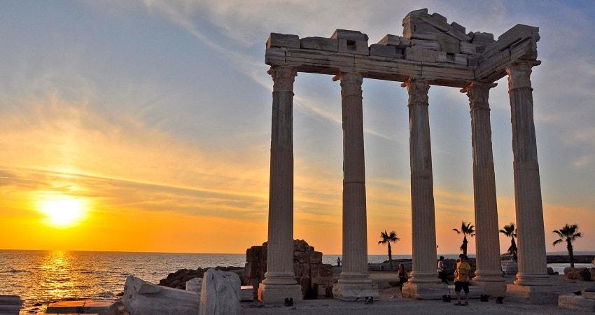 Экскурсия в Сиде из Алании - Храм Апполона - Водопад Манавгат